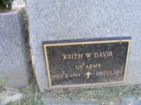 293_davis_keith_military_on_back