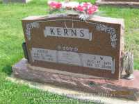 352_kerns_louise_and_james_walter