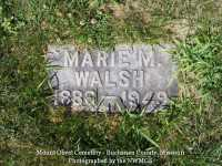 000768_walsh_marie_m_with_family_stone