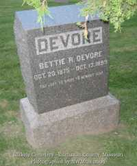 034_devore_bettie