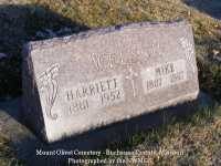 000151_welsch_harriet_and_mike